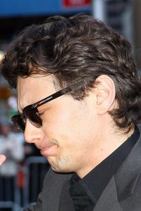 Celebrities Visit 'Late Show With David Letterman' - March 28, 2011