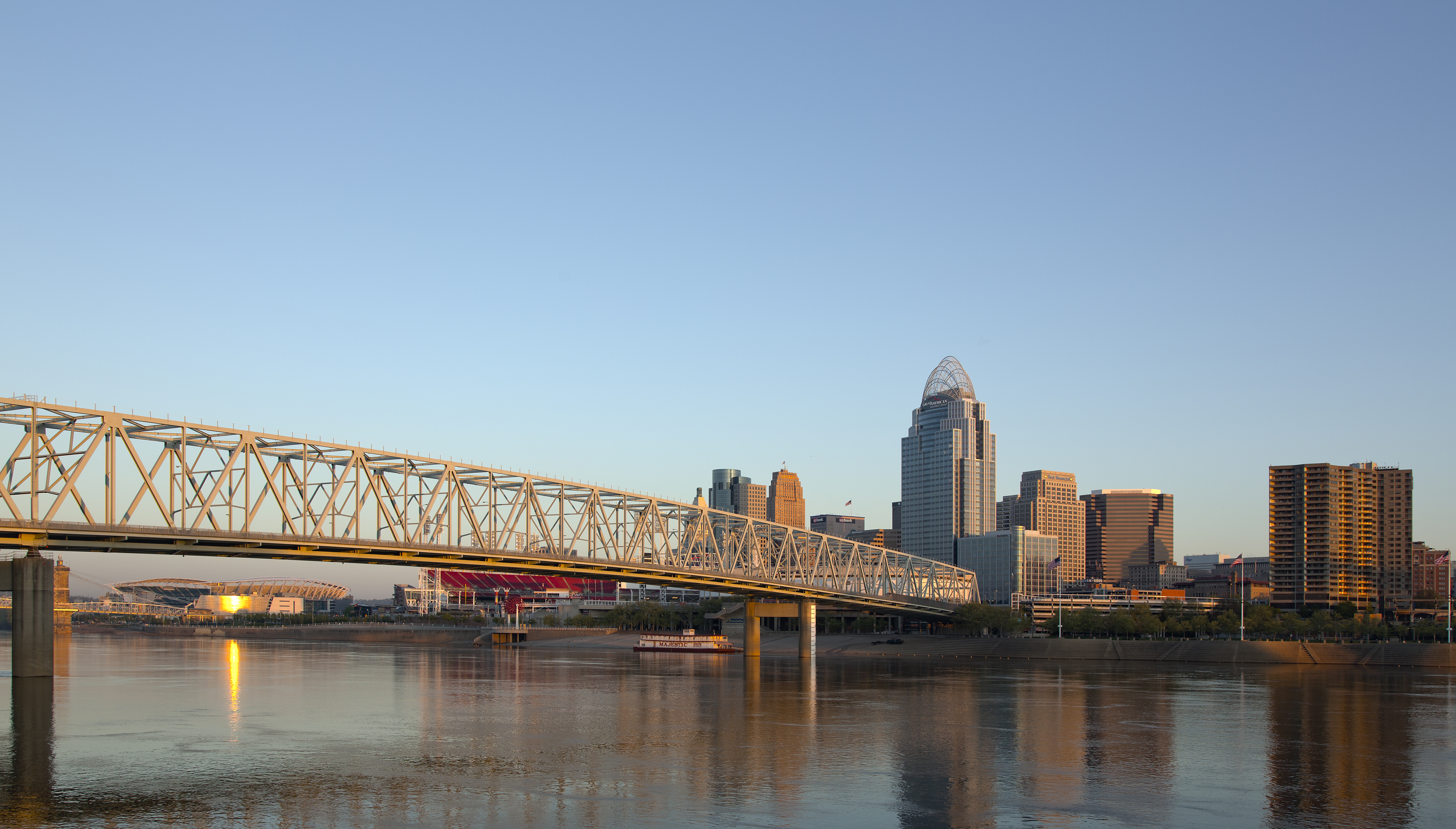Cincinnati skyline at sunrise