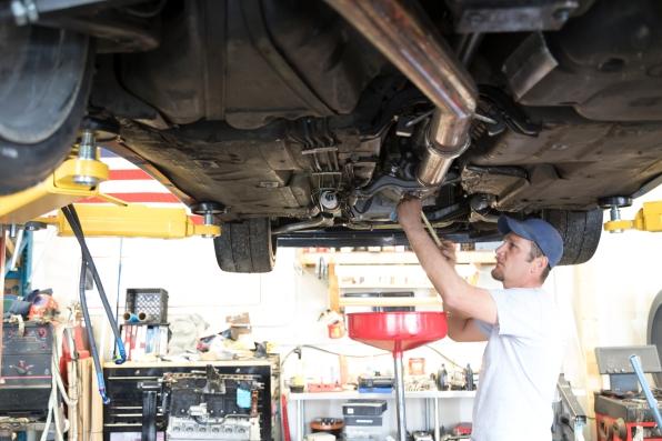 Auto Repair Garage with Mechanic