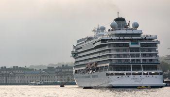 Cruise Ship Viking Sun Dwarfs Greenwich