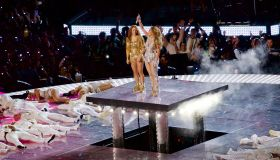 Jennifer Lopez and Shakira perform during the Pepsi Halftime Show